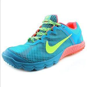 Nike Zoom Wide Horse Tropical Running Shoe